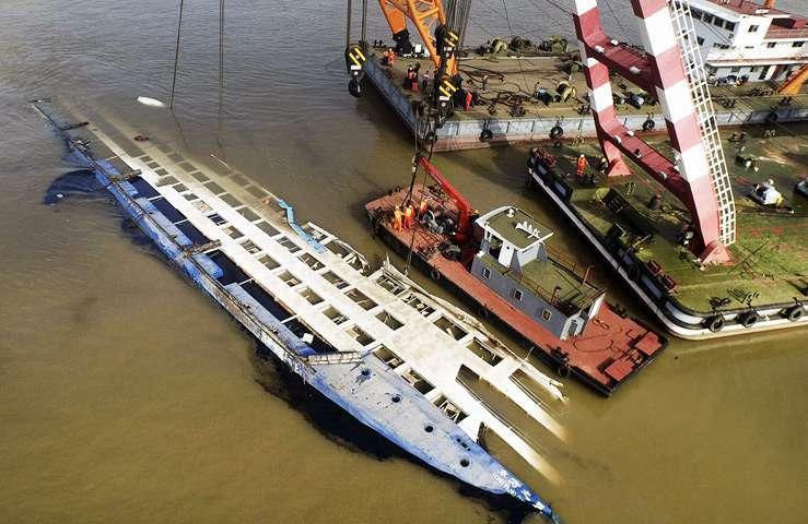 Затонувшая «Звезда Востока» унесла жизни 434 человек. Фото 1