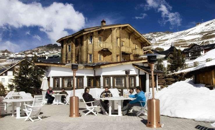 Отель El Lodge